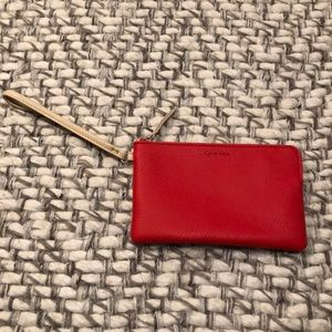 🆕NWOT!! Red and cream wristlet